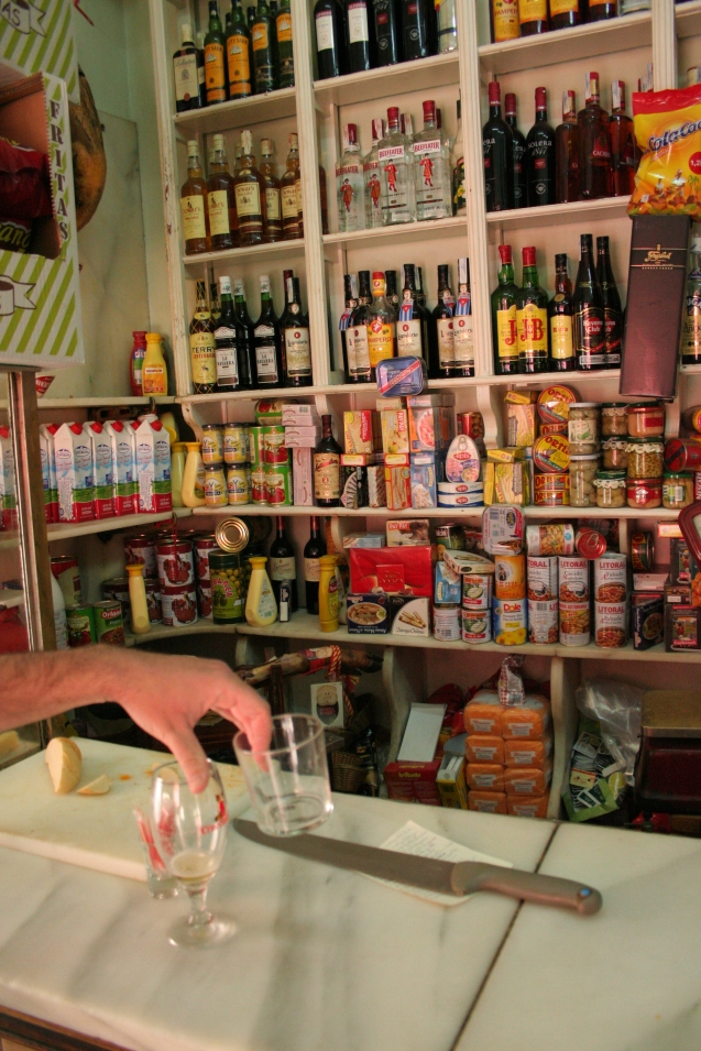 Eugenio bar y comestibles